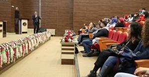 Üniversitede Çeviribilim Konferansı Gerçekleştirildi