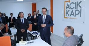"""Vali Ali Fuat Atik, """"Açık Kapı"""" Projesini Kamuoyuna Tanıttı"""