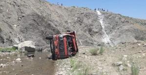 Şirvanda Trafik Kazası: 2 Yaralı