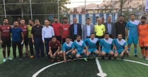 Kurtalan'da 24 Kasım Öğretmenler Günü Halı Saha Turnuvası Başladı