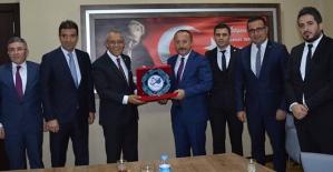 Türkiye Faal Futbol Hakemleri ve Gözlemciler...