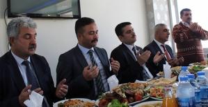 Baykan Kaymakamı Mehmet Tunç, Esnafla Toplantı Yaptı