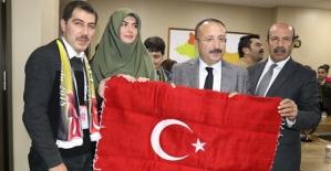 """""""Biz Anadoluyuz Projesi"""" Kapsamında Ankara'dan Gelen Öğrenciler Vali Atik'i Ziyaret Etti"""