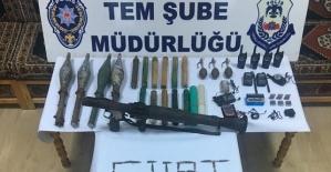 PKK'lı Teröristlerce Gizlenmiş Roketatar ve Mühimmat  Ele Geçirildi