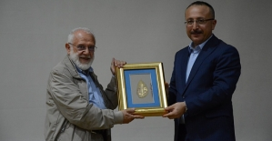 Prof. Dr. İhsan Süreyya Sırma Hocaya...