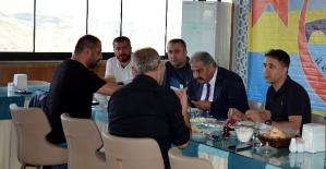 İÖİ Spor Kulübü Başkanı Canpolat,...