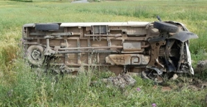 Siirt-Eruh Karayolunda Minibüs Devrildi: 1 Ölü