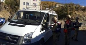 """Jandarmanın """"Huzur ve Güven"""" Uygulamasında 7 Şahıs Yakalandı"""