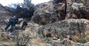 Mağarada El Yapımı Patlayıcı Ele Geçirildi