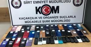 49 Adet Kaçak Telefon ve 870 Paket Kaçak...