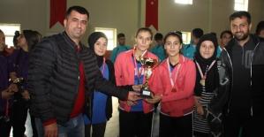 Siirt Zübeyde Hanım Mesleki ve Teknik Anadolu Lisesi Siirt Şampiyonu Oldu