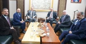Ulaştırma ve Altyapı Bakan Yardımcısı Enver İskurt, Vali Atik'i Ziyaret Etti
