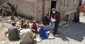 Eruh Belediyesi Ev Ev Dolaşıp Maske Dağıtıyor