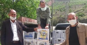 Eruh Belediyesi Karantinada Bulunan Çetinkol Köyüne Gıda Yardımında Bulundu