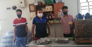 Baykan'da Zabıta Ekipleri Kahvehanelerde Maske Denetimi Yaptı