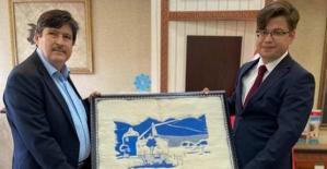 Bitlis Eren Üniversitesi Rektörü Yardım, Tillo Kaymakamı Düzgün'ü Ziyaret Etti