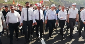 Türkiye'nin En Yüksek Köprüsü Olan Beğendik (Botan Köprüsü) Açıldı
