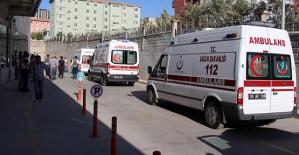 Kurtalan Yolunda Kaza: 1 Ölü 3 Yaralı