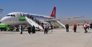 Siirt-Ankara Uçak Seferleri Yeniden...