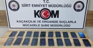 Siirt'te 20 Adet Gümrük Kaçağı Cep Telefonu Ele Geçirildi