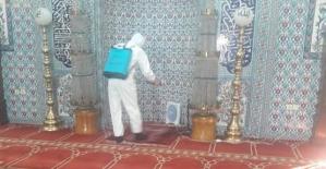 Cuma Namazı Öncesi Hacı Abdülhakim Sancak Camisi Dezenfekte Edildi