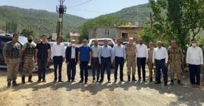 Şirvan Kaymakamı Recep Hasar, Belediye Başkanı Necat Cellek'ten Şehitlik Ziyareti