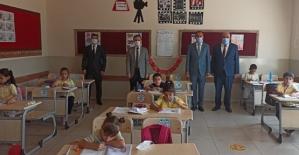Uzun Bir Sürenin Ardından Okullar Bugün Kapılarını Öğrenciler İçin Açtı