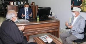 Vali Osman Hacıbektaşoğlu, Metin Arıtürk İçin Taziye Ziyaretinde Bulundu