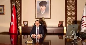 """Vali Osman Hacıbektaşoğlu'nun  """"29 Ekim Cumhuriyet Bayramı"""" Kutlama Mesajı"""