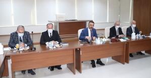 Vali/Belediye Başkan V. Osman Hacıbektaşoğlu,...