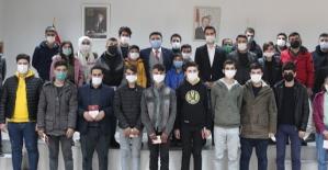Baykan Kaymakamı/Belediye Başkanvekili Mehmet Tunç Gençlerle Buluştu