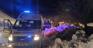Şirvan'da Şiddetli Karın Ağrısı Olan Adam, 3 Saatlik Karla Mücadeleyle Hastaneye Yetiştirildi