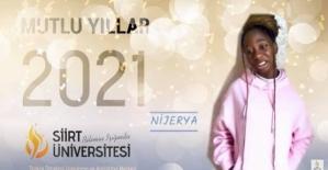 TÖMER'de Uzaktan Öğrenim Gören Yabancı Uyruklu Öğrenciler Yeni Yılı Kutladı