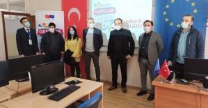 """Siirt Üniversitesinde """"Uygulamalı Girişimcilik Eğitimleri"""" Başladı"""