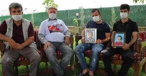 PKK'lıların Teslim Olması İçin Dağlara Kartpostal Bırakılmasına Ailelerden Destek