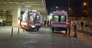 Siirt'te Dur İhtarına Uymayan Araçtan Ateş Açıldı 2 Göçmen Öldü 12 Göçmen Yaralandı