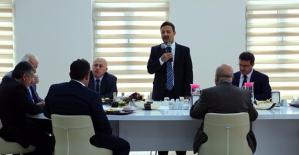 Rektör Erman, Üniversite Personeli İle Yemekte Bir Araya Geldi
