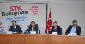 Anayasa Değişikliği Tanıtım Grubu STK'larla Bir Araya Geldi