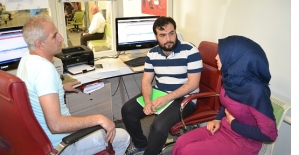 Suriyeli Gençler Hastanede 3 Dilde Tercümanlık Yapıyor