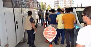 Fetö Soruşturmasında 17 Asker ve 1 Öğretmen Tutuklandı