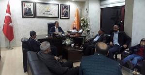 AK Parti İl Başkanı Çalapkulu, Vatandaşların Sorunlarını Dinliyor
