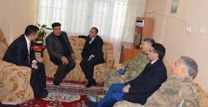 Vali Atik, Şehit Ailesini Şirvan'da Konutunda Ziyaret Etti