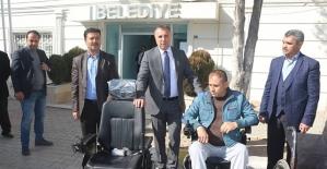 Kurtalan Belediyesi Engellilere Akülü Araç Dağıtmaya Devam Ediyor
