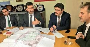 Siirt Heyeti, TOKİ Kentsel Dönüşüm Daire Başkanı Gürol Konyalıoglu'nu Ziyaret Etti