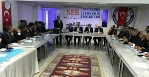 """Siirt'te """"Şehirlerin Ekonomik Beklentileri"""" Forumu Yapıldı"""