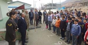 Vali Atik, Sağırsu Köyü İlkokulunu Ziyaret Etti
