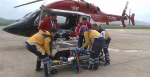 Pervari'de Yüksekten Düşen Çocuk Hava Ambulansıyla Van'a Sevk Edildi