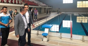 Yüzüncü Yıl Yarı Olimpik Yüzme Havuzu Bayramdan Sonra Hizmete Giriyor