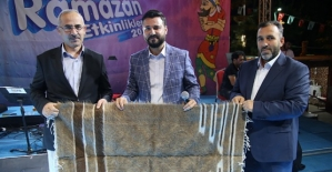 Muzaffer Gürler Siirt'te Gönülleri Mest Etti