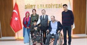 Adalet, Tekerlekli Sandalyesine Kavuştu